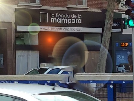 Avd America 28 - La Tienda de la Mampara